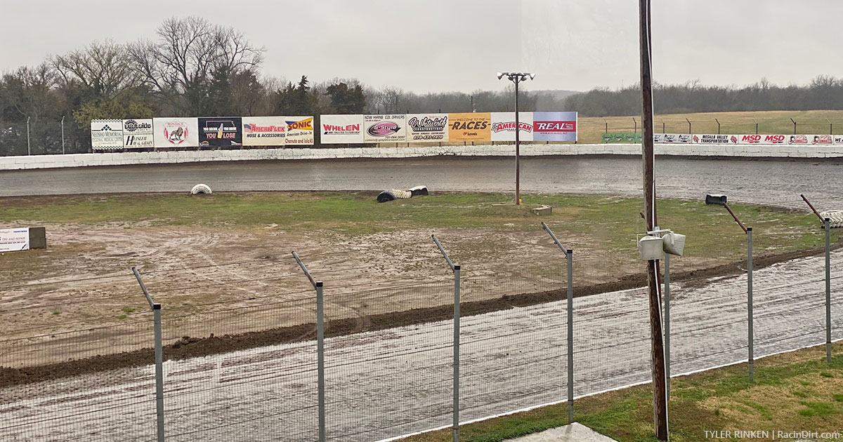 King of America, Battle at The Bullring too wet Thursday, postponed to Friday and Saturday
