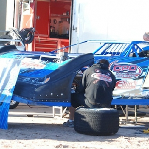 Ryan gets his car ready for action Saturday afternoon. (Jim Rosas Photo)